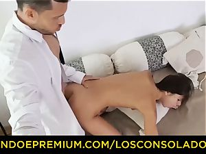 LOS CONSOLADORES - Russian Gina Gerson boinked in FFM