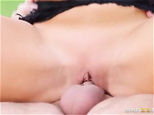 experienced plower Keiran Lee pummels giant hooters mexican woman Audrey Bitoni