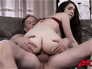 Joseline Kelly Gets porked By a humungous wood