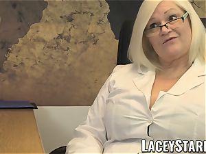 LACEYSTARR - GILF eats Pascal white jism after hump