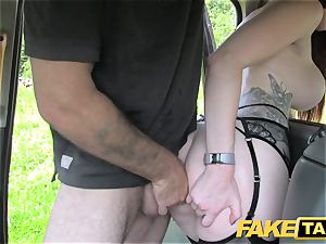 fake cab Olive flesh sandy-haired in lingerie