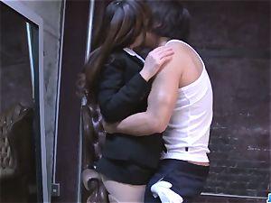 Shiona Suzumori liquidates panties to try penis in her cootchie