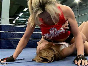 Tanya Tate with red-hot babe struggling in the ring