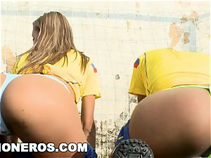 CULIONEROS - uber-sexy Latina Soccer Players with hefty cabooses