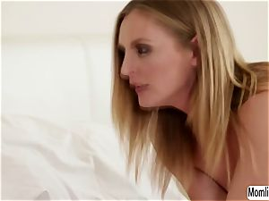Cadence Lux tries her magic wand experiment to stepmom Mona Wales