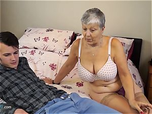 elderly damsel Savana pulverized by college girl Sam Bourne