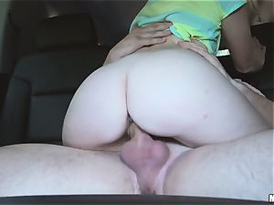 Kiera Winters thanks her pick up with some serious hump