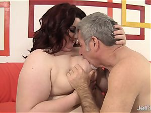 immense beauty Gets Her throat and snatch filled with a trunk
