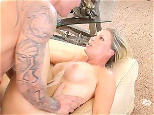 Devon Lee stunner getting mans pleasure gel split in her throat
