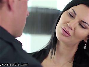 NuruMassage british cougar Jasmine Jae entices Cop