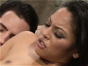 Adriana gets her latina vagina pumped