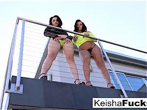 sexy Keisha shares Mr. Pete's manhood with Yhivi