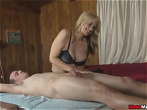 client Shocks To witness The fabulous blondie masseuse