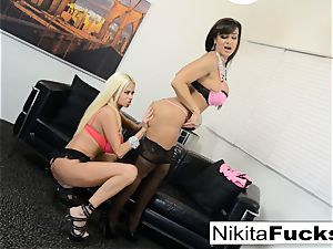hot Russian Nikita Von James plumbs porn vet Lisa Ann