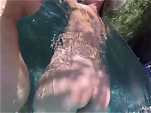 busty blondes Alix and Cherie go lean dipping