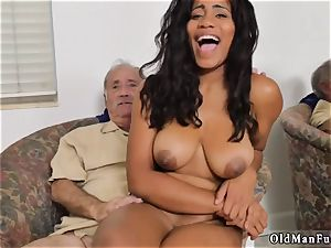 brown-haired brutal group sex and first-timer fitness trainer xxx Glenn concludes the job!