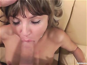 Gina Gerson loves getting her face sprayed with jism