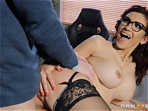 Amina Danger getting nailed by a meaty weenie