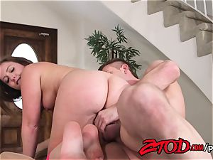 Maddy O'Reilly opened up and torn up